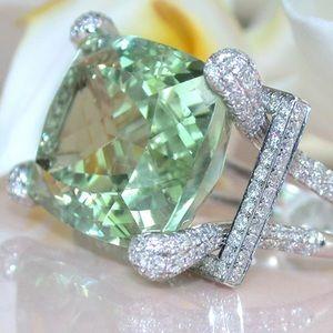 Jewelry - Big Green Stone Fashion Geometric Zircon Ring